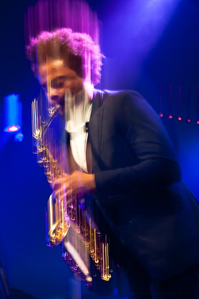 Photographie d'un saxophoniste à Jazz en Tête.