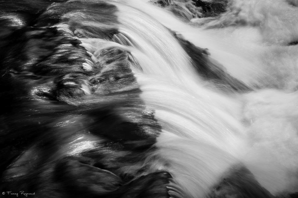 """Photographie réalisée dans le cadre des tutoriels vidéo du journal La Montagne """"l'astuce du photographe"""" sur la vitesse lente et le filé."""