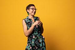 le yoga du rire permet un lacher prise total pour vos portraits professionnel